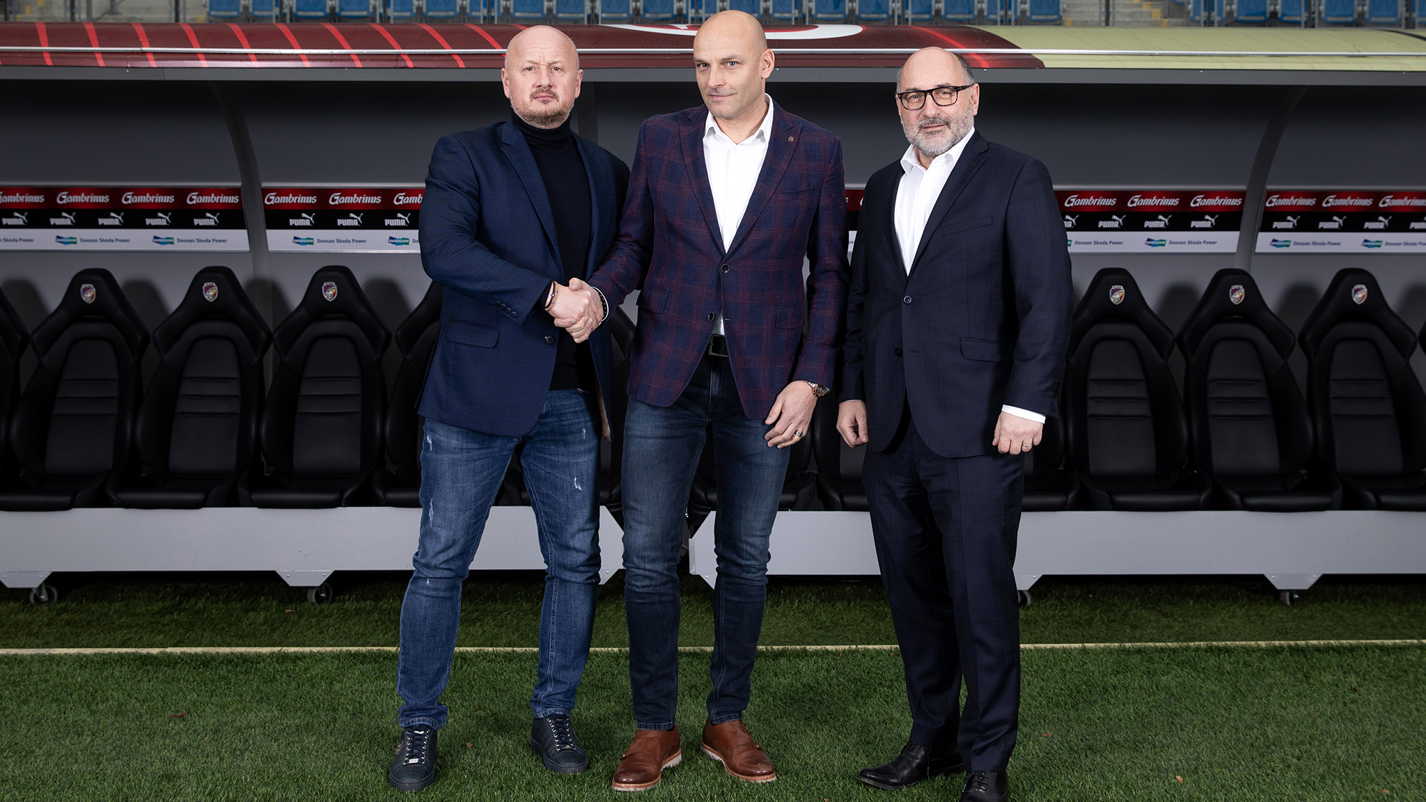 Adrian Guľa named new head coach of Viktoria Plzeň